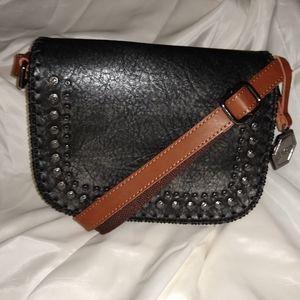 NWOT The boho chic Alissa crossbody bag in Black